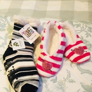 Muk Luks cabin socks